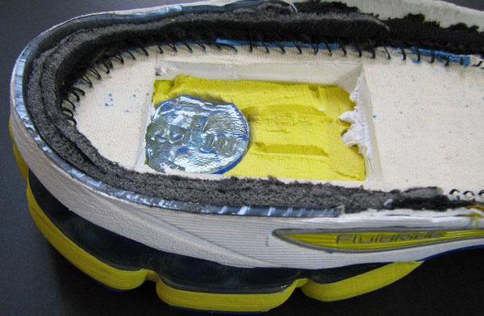 Гелевая подушка на примере asics nimbus 15