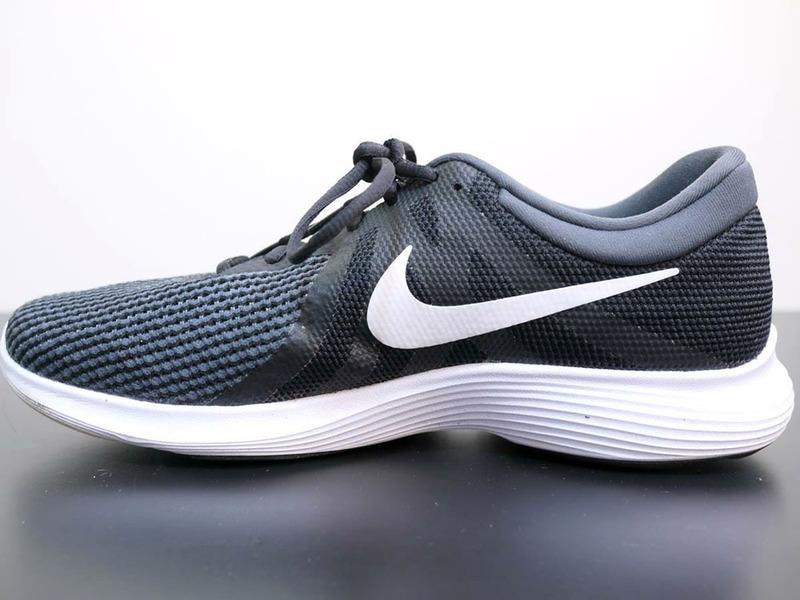 a4072094c80d Обзор Nike Revolution 4